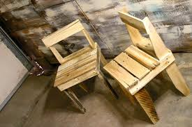 diy free rustic chairs out of pallets build your own rustic furniture
