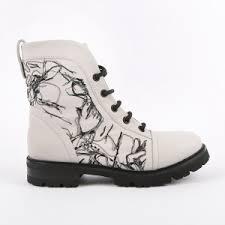 Брендовые женские <b>ботинки</b> – купить фирменную обувь из ...