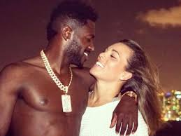 Antonio Brown Tweets No More White Women in 2020 After ...