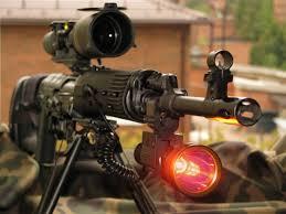 Способы <b>крепления</b> тактических фонарей на <b>оружие</b>