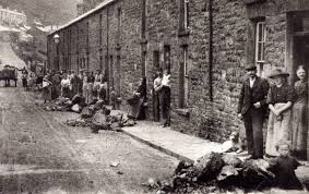 poor living conditions industrial revolution the influx of poor living conditions industrial revolution the influx of workers caused crowding and poor housing conditions