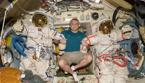 A Rare Look at the Russian <b>Side</b> of the <b>Space</b> Station | <b>Space</b> | Air ...