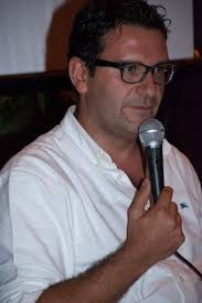 Franco Lombardo. Salvatore Ferlita è un bravo giornalista. Uno di quelli che non sbagliano il titolo. Le arance non raccolte – il nome dell'antologia ... - ferlita