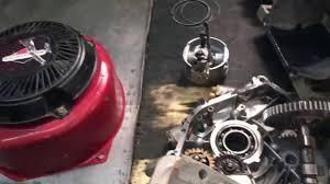 Ремонт двигателя Briggs <b>Stratton</b>, замена колец - YouTube