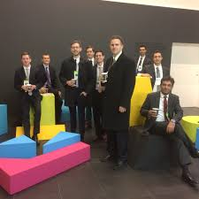 global careers sais students at bloomberg in london in 2015
