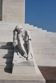 statue at vimy ridge memorial vimy memorial statue statue at vimy ridge memorial