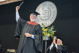 details david hume kennerly gainesville 2015 david hume receives an honorary phd after delivering the commencement