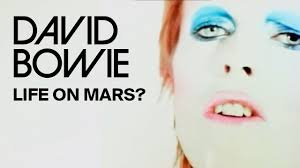 <b>David Bowie</b> – Life On Mars? (Official Video) - YouTube