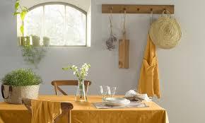 Модные <b>скатерти</b> для летнего стола | ELLEDECORATION