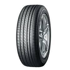 <b>Yokohama</b> BluEarth <b>RV02 215 60</b> R <b>17</b> Tubeless 96 H Car Tyre ...