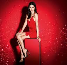 Новогодние <b>наборы Estée Lauder</b>