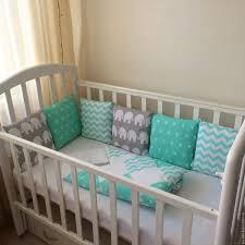 <b>Простыня на резинке</b> в <b>детскую</b> кроватку (28 фото): как сшить ...