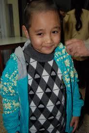 Nguyễn Trung Dũng mang áo ấm cho bệnh nhân nhi - nguyen_trung_dung_mang_ao_am_cho_benh_nhan_nhi_1