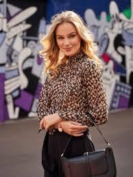 <b>Delia Dress Moscow блузки</b> в интернет-магазине Wildberries