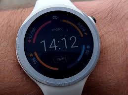 Moto 360 Sport review: Best Android Wear smartwatch for ...