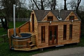 Tiny House Plans Free To Download  amp  Print   Tiny House BlueprintsAmazing Mobile Hot Tub Tiny House   You    ve Got To See This