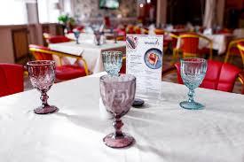Restaurant 9 <b>Parrots</b> Pushkin, minute from Egyptian gate, suburbs St ...