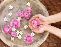 Make Your Own <b>Rose Water Body Spray</b>