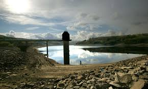 privatisation essay   yasmin    s water resources weblogdiscuss the desirability of combined public private management of water resources