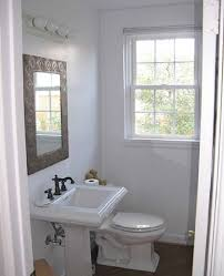 x small space bathroom