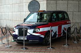 Electric taxis to go <b>wireless</b> thanks to <b>new charging</b> tech trial - GOV.UK