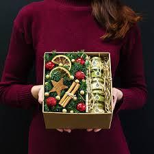 Купить букет цветов на Новый Год недорого с доставкой в ...