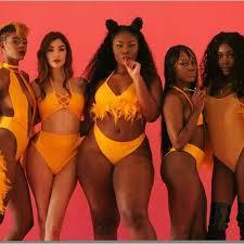 Pin de Brooke Anoa'i em <b>SBW</b> | Corpos femininos, Belezas negras ...