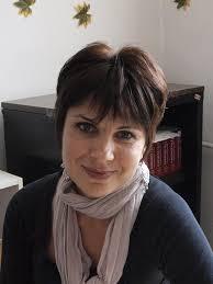 "Major English language and literature. Professional Qualification Teacher in English language and literature. Sofia University ""St. Kl. Ohridski"", Bulgaria - poli(1)"