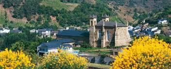 Iglesia de San Francisco de Villafranca del Bierzo en Villafranca ... - r_iglesia_francisco_villafranca_bierzo_t2400612.jpg_369272544