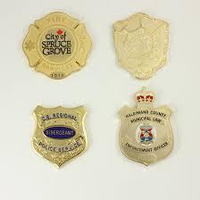 <b>Custom Badges</b> by Kingpins.net