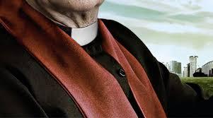 Resultado de imagen de suicidio sacerdotes