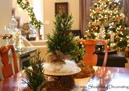Christmas Dining Room Dining Room Table Christmasdiningroomcenterpiecejpg Dining Room