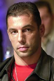 Si chiama Andy Hug. E' stato uno dei più grandi lottatori. - 65360.andy_hug4-576