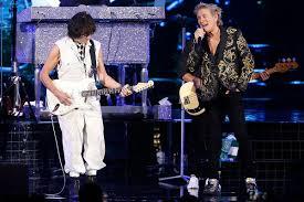 Watch Rod Stewart and <b>Jeff Beck</b> Reunite: Set List, Photos, Video
