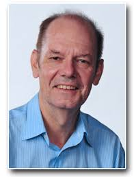 Daniel Thalmann is with the Institute for Media Innovation at the Nanyang Technological University in Singapore. He is a pioneer in research on Virtual ... - Daniel3