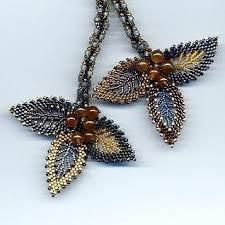 Pin by Pam Perrin on Mrs Pamela Perrin | <b>Beaded</b> jewels, <b>Seed</b> ...