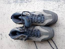 <b>Young Men's Shoes</b> - Dress Shoes, Boots, Sneakers | ksl.com