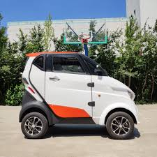 China <b>New</b> Style Fully Enclosed Cab <b>Mini Electric Scooter</b> for Daily ...