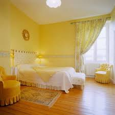 yellow bedrooms decor ideas loveyourroom yellow bedroom decorating ideas designs for home