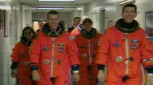 Columbia <b>Shuttle</b> Crew Not Told of Possible Problem With Reentry ...
