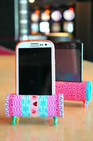 Diy Diy Phone Stand From Recycled Toilet Paper Rolls Day Diy