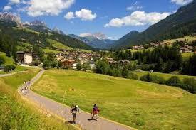 %name Estate in bicicletta sulla ciclabile di Fiemme e Fassa con il Bike Express