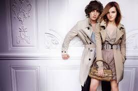 <b>Burberry 2010</b> Spring Ad Campaign (com imagens)