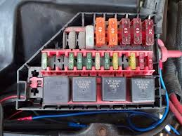 contour electric fan conversion 4 6l based powertrains the 30 amp fuse away from the rest is for the new fan as is the 1 relay that doesn t match the other 3 the relay and its wiring is borrowed from
