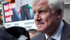 Der bayerische Ministerpräsident Horst Seehofer (CSU) soll einem Zeitungsbericht zufolge im Schadenersatzprozess der Bayerischen Landesbank gegen die Hypo ... - csu-horst-seehofer