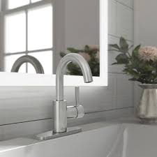 Bathroom <b>Sink Faucets</b> Buying Guide | Lowe's