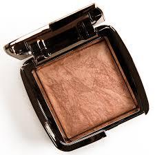 <b>Hourglass Radiant Bronze</b> Light Ambient Lighting Bronzer Review ...