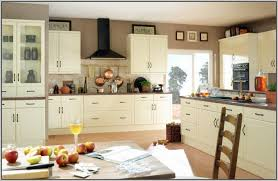 kitchen paint colors with cream cabinets: best paint color for kitchen with cream cabinets painting