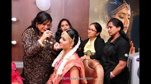 lakme work on bridal makeup by bollywood artist sushma khan at dilsukh nagar