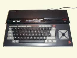 Débat : Le plus bel ordinateur 8/16 bit - Page 3 Images?q=tbn:ANd9GcQMwA9ynTA5FLLkopA7nJbLb3r3bmryCAhtuU8SLLoiEMUpNAvS